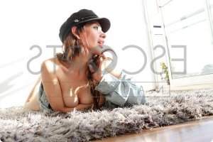 Benedite cheap escort in Waycross